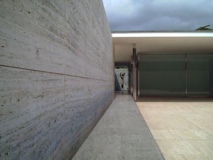 barcelona_pavilion.jpg