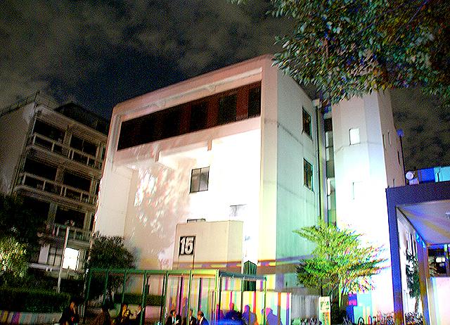 campusillumination09_04.jpg
