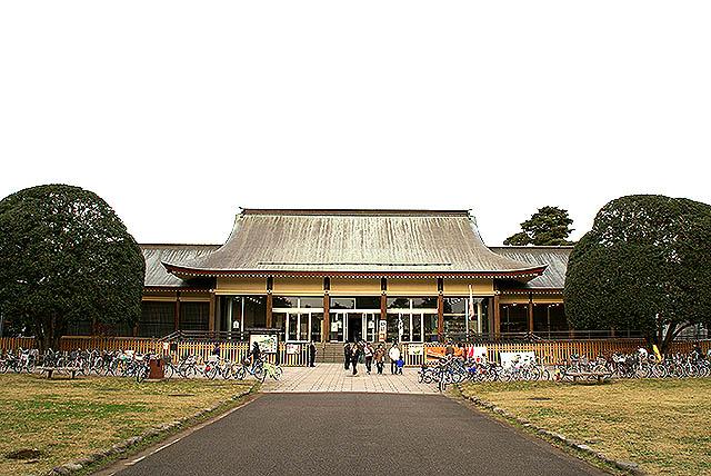 edotokyotatemonoen_gate.jpg