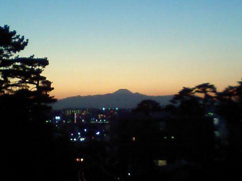 fujisan_from_hujimibashi.jpg