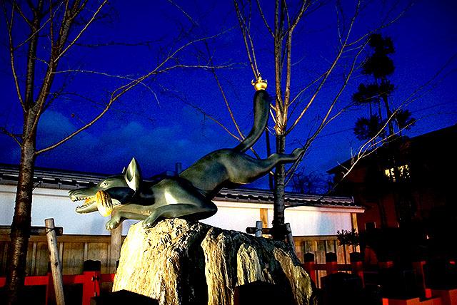 fushimiinari_fox3.jpg