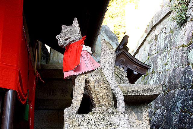 fushimiinari_fox4.jpg