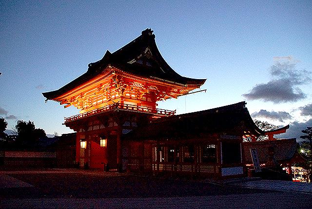 fushimiinari_romon2.jpg
