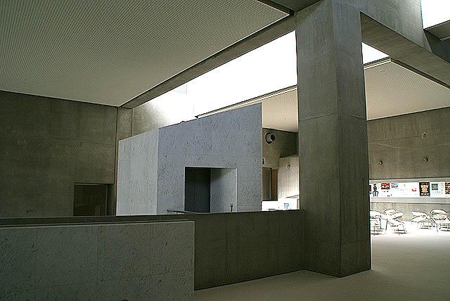 gunmakenbi_elevator.jpg