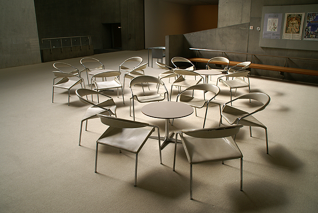 gunmamuseum_chairs1.jpg
