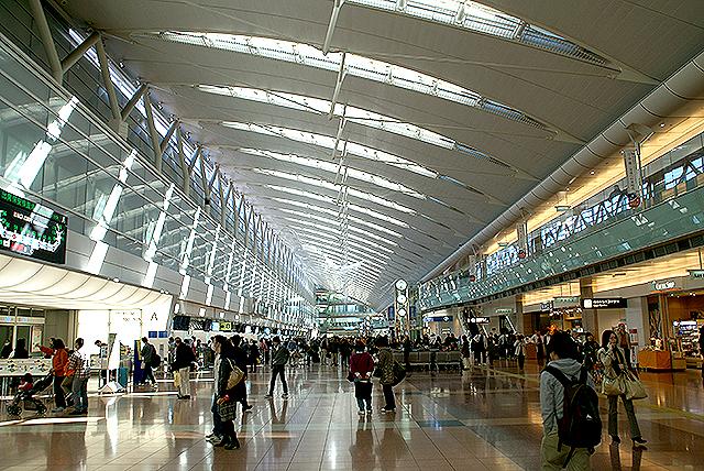 haneda_airport_terminal2_2f.jpg