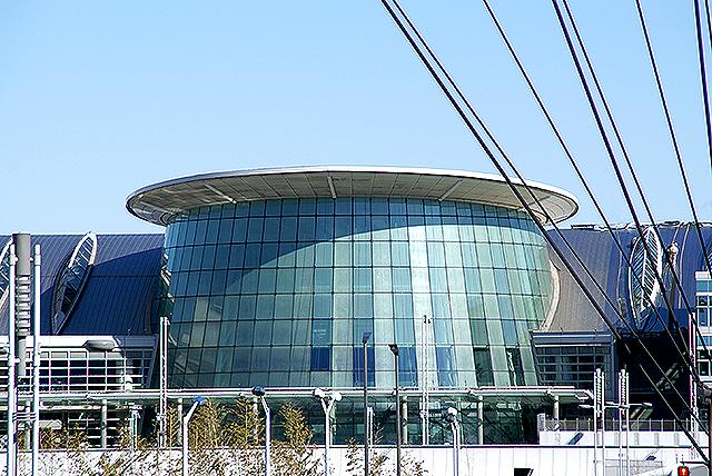 haneda_airport_terminal2_dome0.jpg