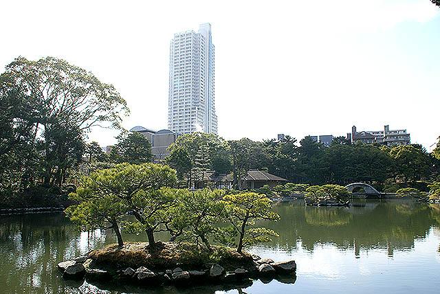 hiroshima_shukkeien_island2.jpg