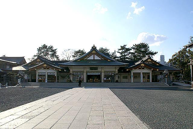 hiroshimajo_gokokujinja.jpg
