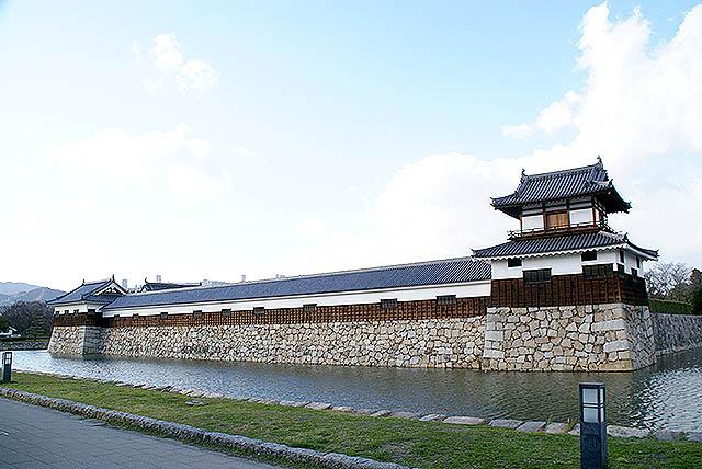 hiroshimajo_joheki3.jpg