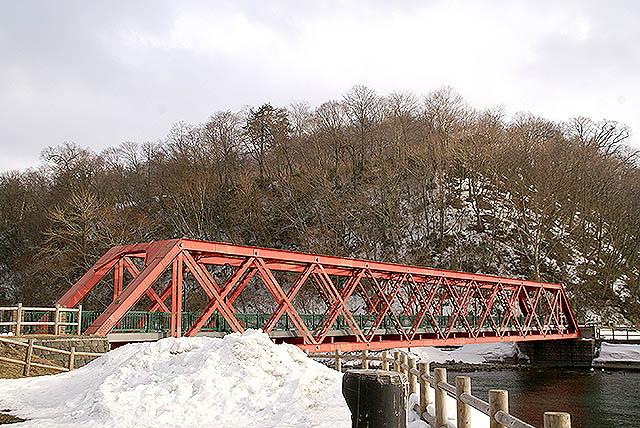 hokkaido_shikotsuko_bridge.jpg