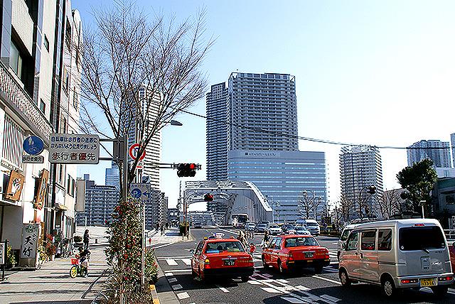 kachidoki_twintaxi.jpg