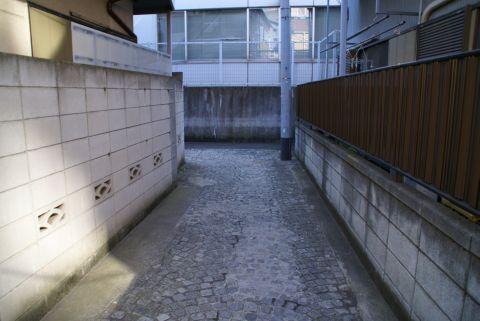 kagurazaka_roji.jpg