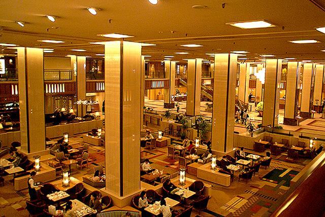 kokyo_empelerhotel_lobbyhall.jpg