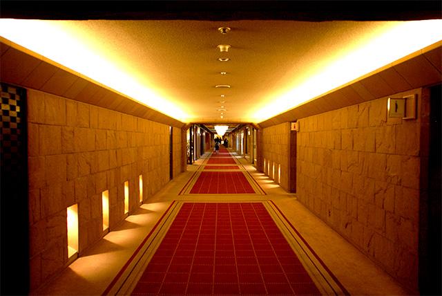 kokyo_empelerhotel_path.jpg