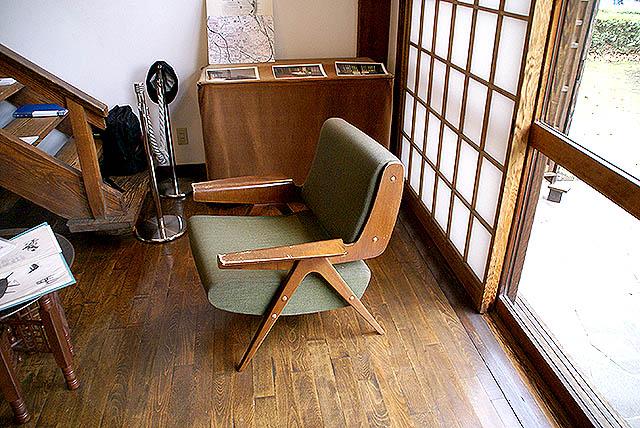 maekawajitei_chair.jpg