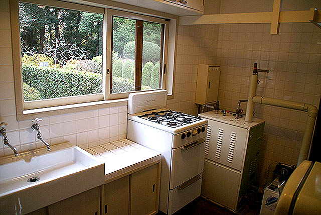 maekawajitei_kitchen.jpg