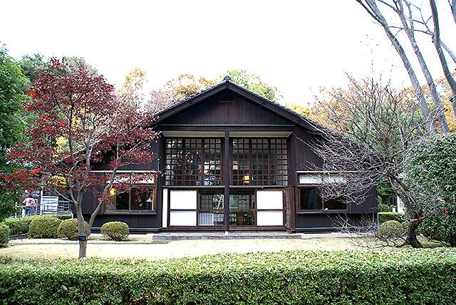 maekawajitei_southfacade2.jpg