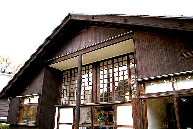 maekawajitei_southfacade4.jpg