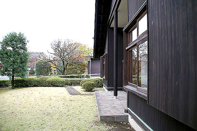 maekawajitei_southgarden.jpg