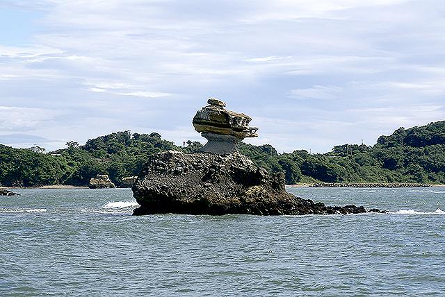 matsushima_island2.jpg