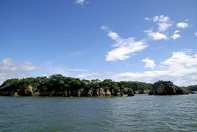 matsushima_island3.jpg