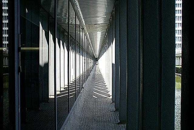 megurokuyakusho_sideway2.jpg