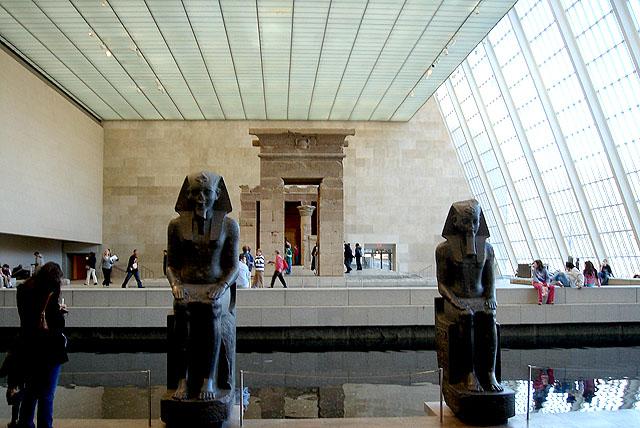 metropolitan_egyptarea.jpg