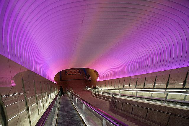 moa_escalator2.jpg