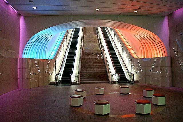 moa_escalator4.jpg