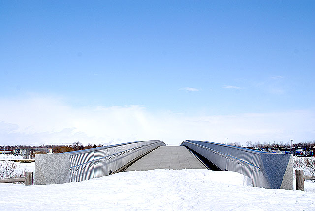 moerenuma_bridge.jpg