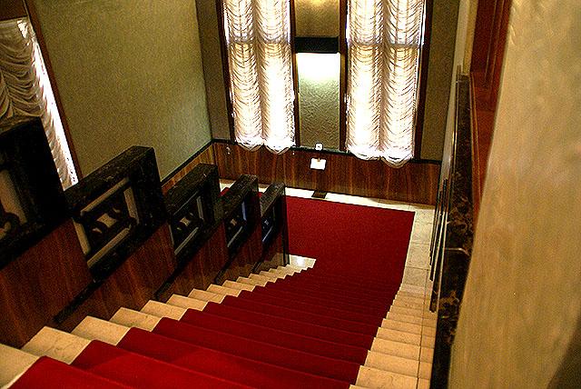 mtam_in_stair.jpg