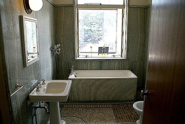 mtam_in_toilet1.jpg