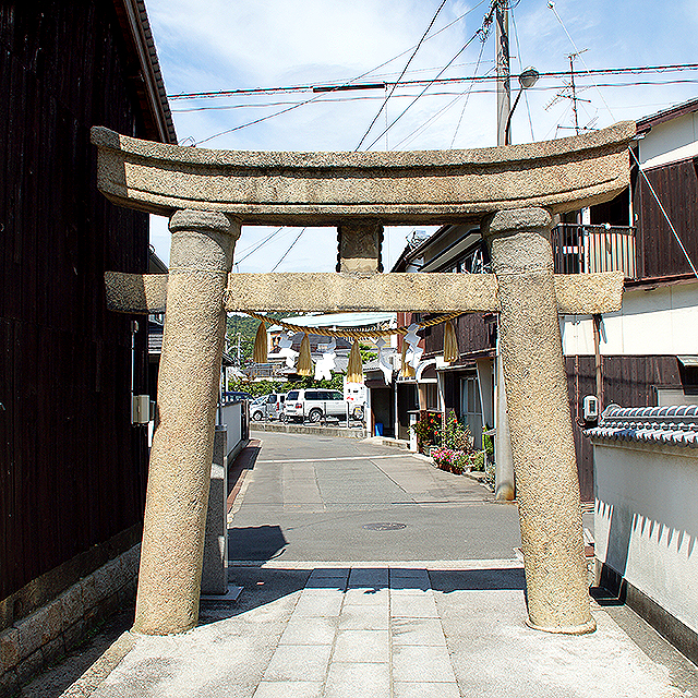 naoshima_yawatajinja3.jpg