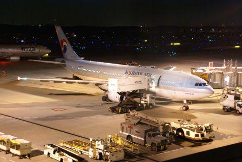 narita_airport1_deck.jpg