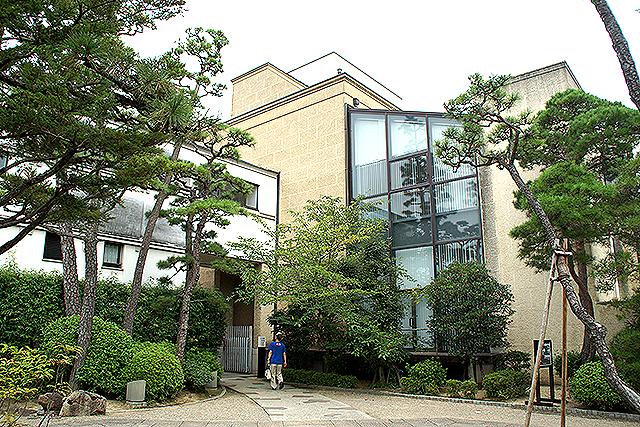 oharamuseum_honkan3.jpg