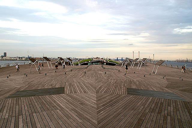 oosanbashi_deck2.jpg