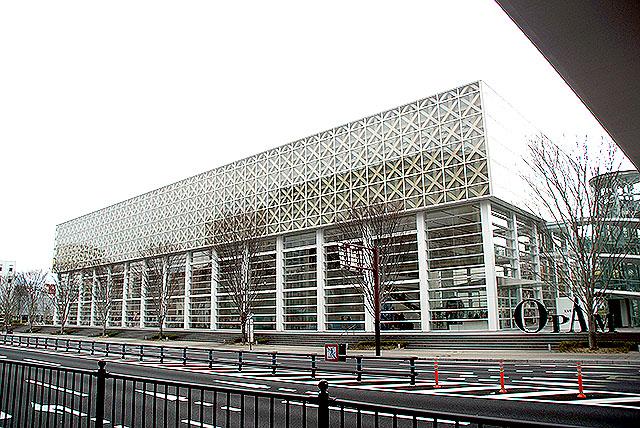 opam_facade.jpg