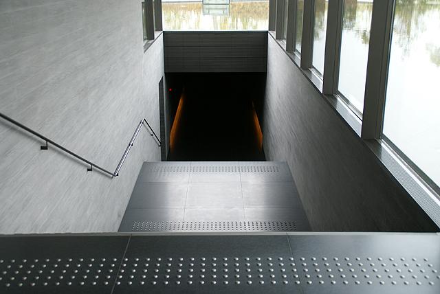 sagawamuseum_stair.jpg