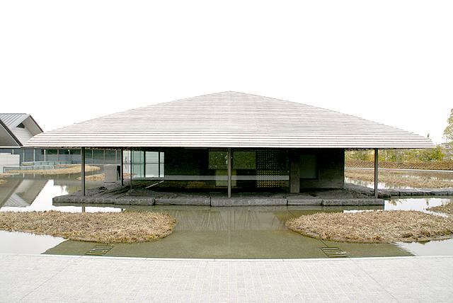 sagawamuseum_teahouse2.jpg