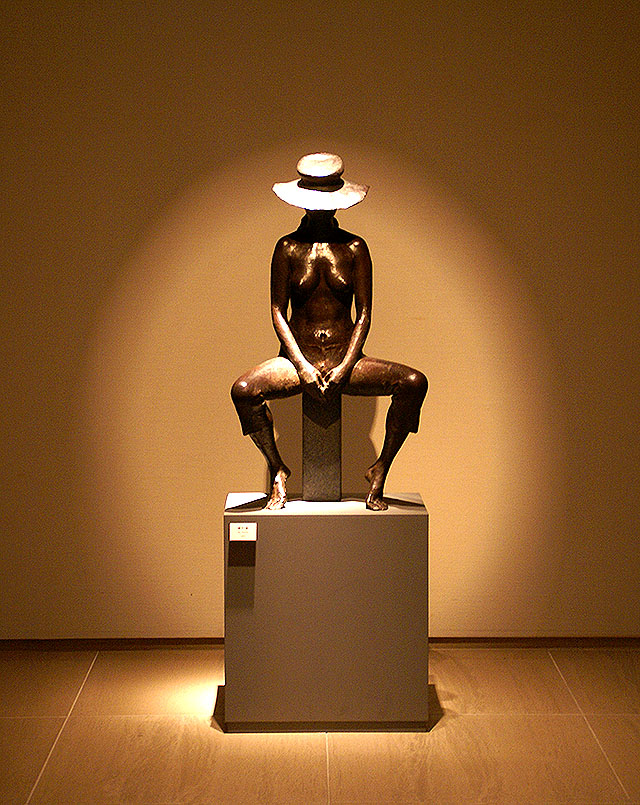 sagawamuseum_woman2.jpg