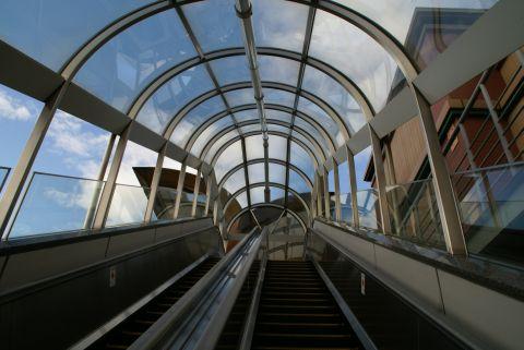 sendai_st_east_stairs.jpg