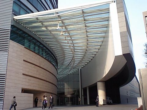 toppanbuilding_entrance.jpg