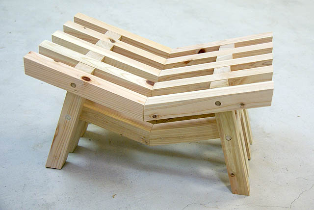 torii_stool1.jpg