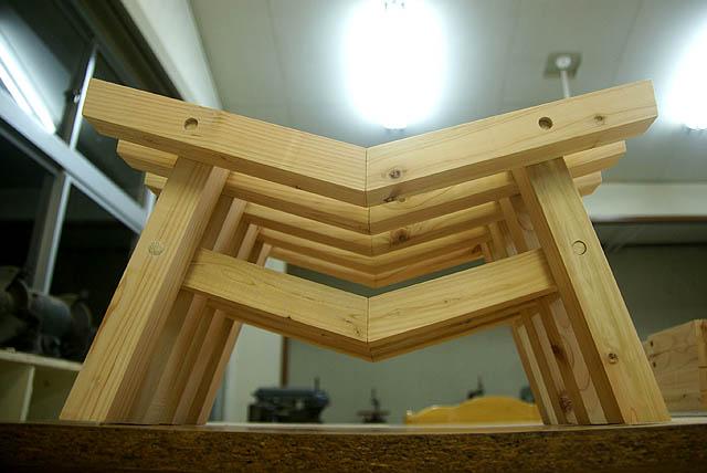 torii_stool2.jpg