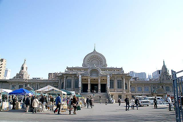 tukijihonganji_facade.jpg