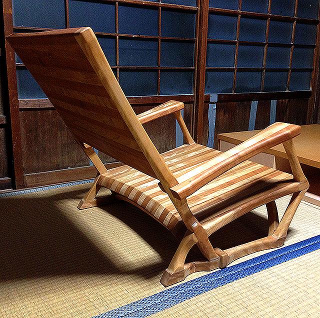 wood_chair.jpg