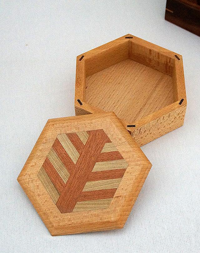 wood_freecase3.jpg