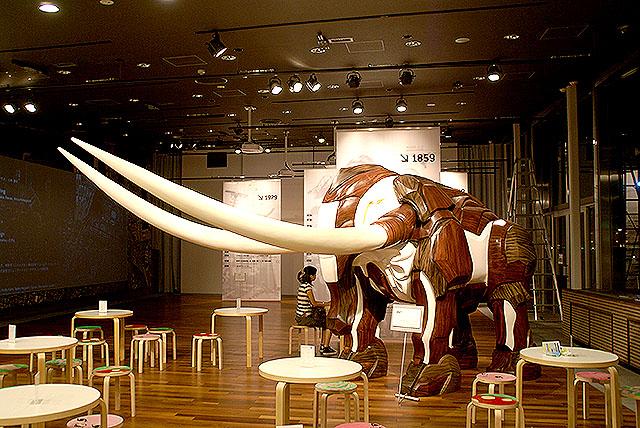 yokohama_elephant.jpg