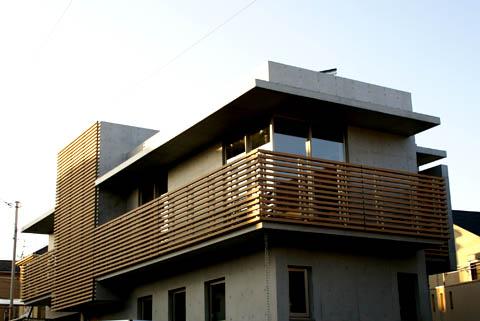yokohama_house.jpg